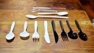 Cubiertos De Plástico: Cuáles Son Sus Efectos Ambientales Y Soluciones Para Disminuir Su Uso
